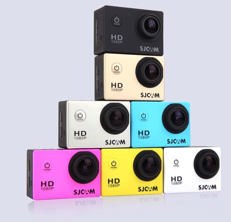 Hãng SJCAM vừa rồi đã cho ra mắt phiên bản SJ4000 Wifi với màn hình LCD 2 inch đã nhận được sự phản hồi tích cực từ người tiêu dùng. Và gần đây hãng đã tung ra sản phẩm camera thể thao SJ4000 với phiên bản màn hình LCD 2 inch. SJ4000 là dòng sản phẩm đã tạo nên dấu ấn cho thương hiệu SJCAM trên thị trường camera thể thao với phiên bản màn hình LCD 1,5 inch người dùng dễ dàng thao tác cài đặt và sử dụng. Và phiên bản SJ4000 với kích thước màn hình LCD 2 inch mới này sẽ giúp bạn có thể thao tác hay xem lại những gì đã ghi lại được rõ ràng hơn. Thông số kỹ thuật: Cảm biến: 12Mega Pixels CMOS-Sensor AR0330 Màu sắc: 7 colors: Black/White/Silver/Yellow/Blue/Pink/Gold Vỏ chống nước: Vỏ nhựa chống thấm nước, độ sâu lên tới 30m Màn hình hiển thị: 2.0 inch LCD Chế độ chụp hình: 12 Mega Pixels (4032*3024)/10 Mega Pixels(3648*2736) 8 Mega Pixels((3264*2448)/5 Mega Pixels(2592*1944) 3 MP(2048*1536)/2MHD(1920*1080)/VGA(640*480)/ 1.3M(1280*960) Chế độ quay video: 1920*1080 30fps / 1280*720 60fps /848*480 60fps / 640*480 60fps Định dạng video: H.264 Zoom: 4X Lens: Góc rộng 170 độ Thẻ nhớ: Hỗ trợ thẻ nhớ TF - Micro SD lên tới 32Gb Ngôn ngữ hỗ trợ: English/French/German/Spanish/Italian/Portuguese/Simplied Chinese/Japanese/Traditional Chinese/Russian/Korean/Polish/Swedish Cổng kết nối: USB 2.0, HDMI Thời gian quay: 70 - 80 minutes(1080P) Dung lượng pin: 900mAh Bạn có thể đặt mua sản phẩm qua link sau: https://tech360.vn/camera-the-thao-sjcam-4000-lcd-2-inch-p544.html. Nếu bạn cần tư vấn hoặc hỗ trợ kỹ thuật liên hệ số Hotline: 043.944.7979 -0938.94.1111 - 0938.94.1115. Bạn có thể qua địa chỉ TECH360 -58 Thái Hà – Đống Đa – Hà Nội để được test sản phẩm trực tiếp.