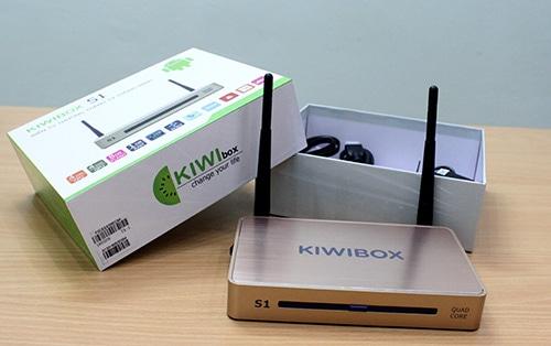 KiwiBox S1 được thiết kế 2 Anten và điều này giúp khả năng thu phát Wifi của thiết bị trở nên hoàn hảo hơn