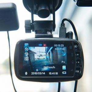 Hướng dẫn chọn camera hành trình cho ô tô