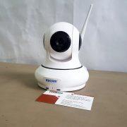 camera-ip-bao-dong-chong-trom-escam-qf500-hd-wifi-1