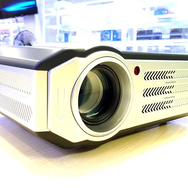 may-chieu-tyco-t7-plus (1)