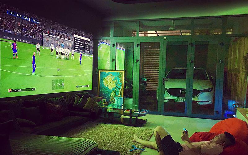 Chơi game trên máy chiếu